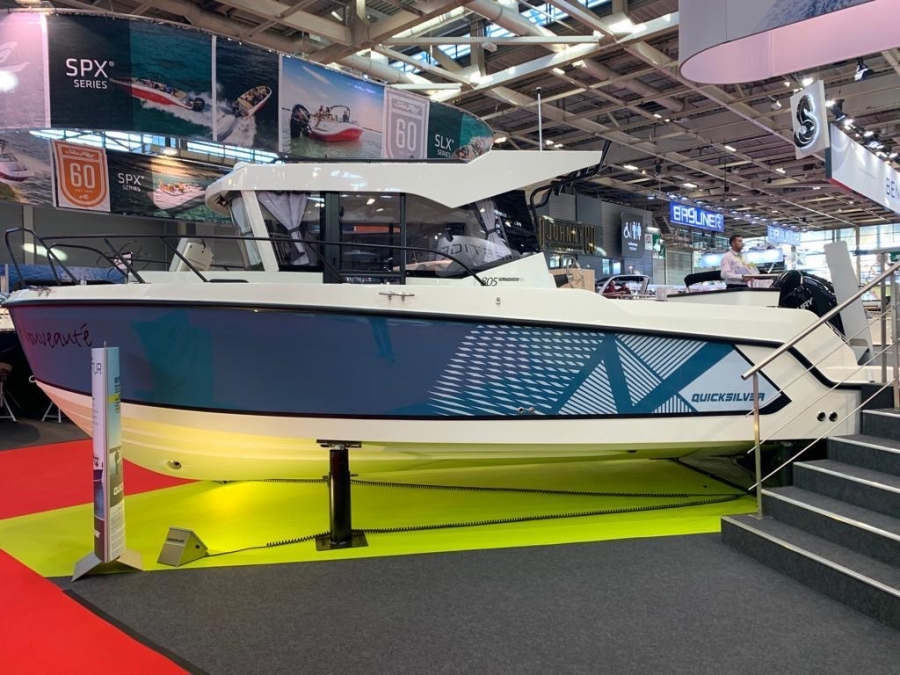 NEW QUICKSILVER CAPTUR 805 PILOTHOUSE